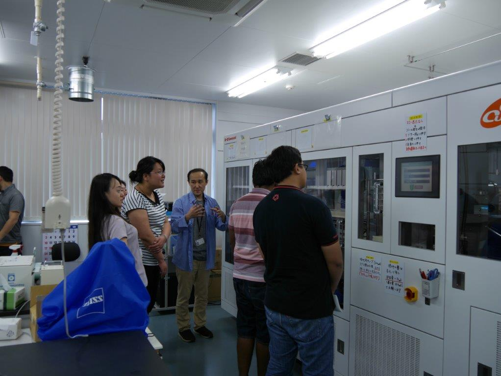Laboratory tour and optional training